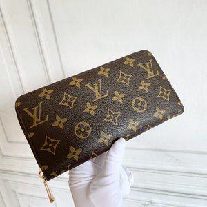 Ŀọụiṣ ṾụiṭṭọṇMonogram Porte-Monnaie Zippy Wallet